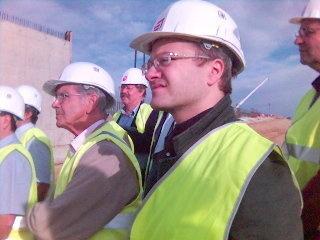 Un avocat de terrain doit porter un casque (CLE sur le chantier du TGV Perpignan - Figuéras)