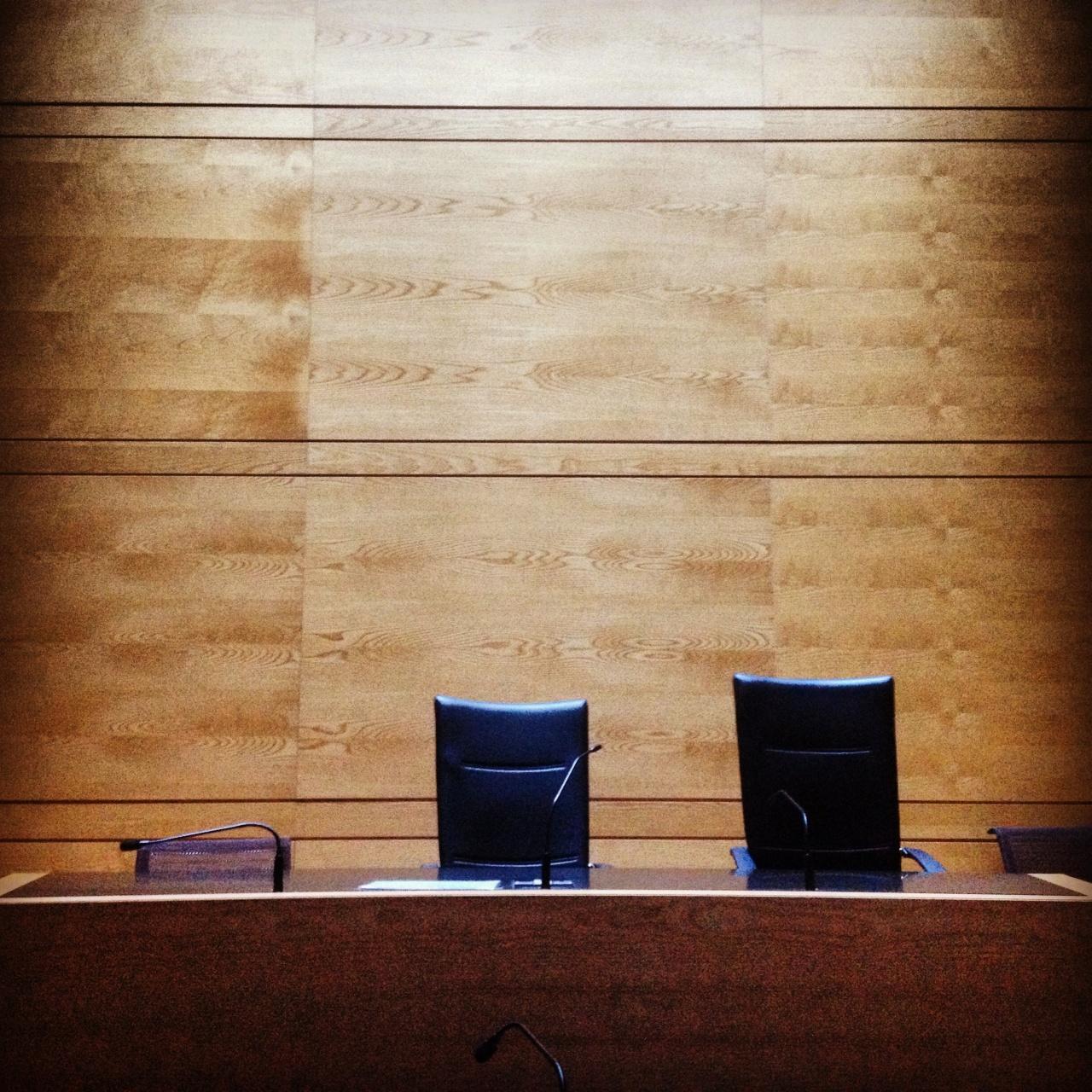 Salle d 39 audience tgi toulouse palais de justice for Note honoraire particulier